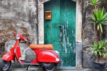 Vespa Rental on Lake Como